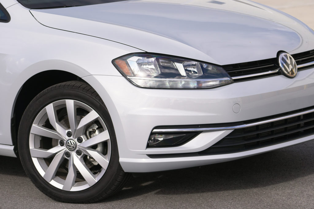 VW Golf Sportwagen Front