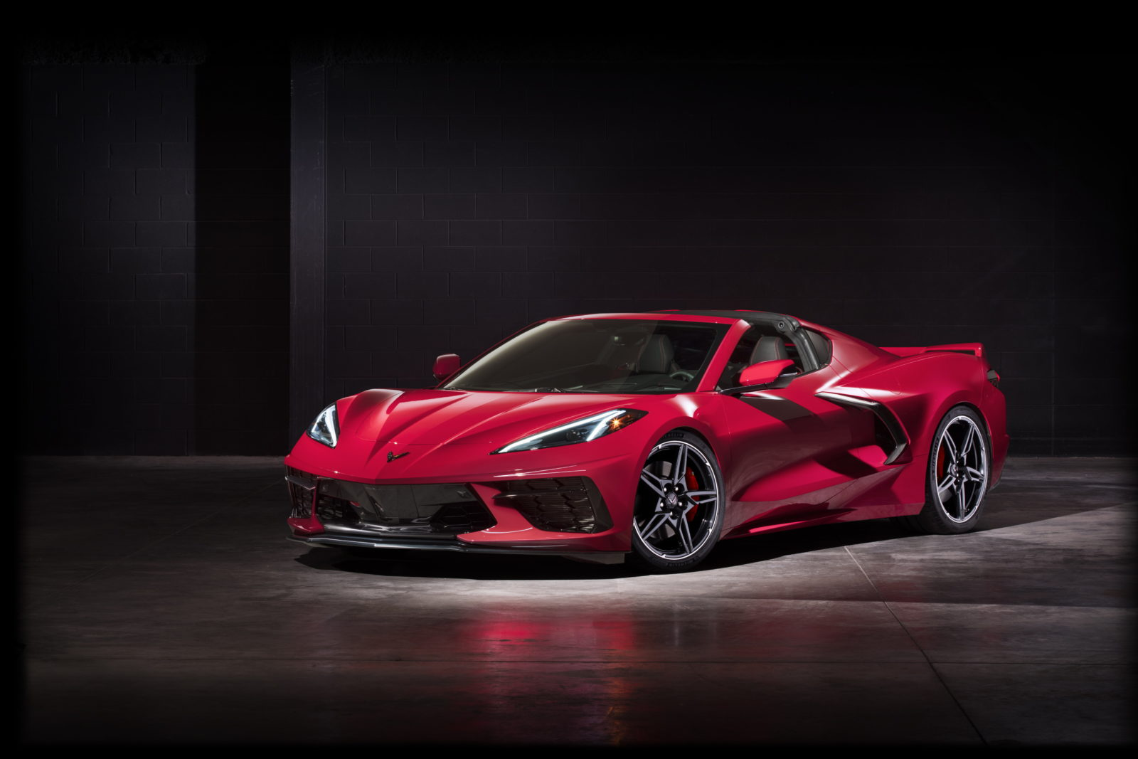 Chevrolet Corvette Stingray Photo Review