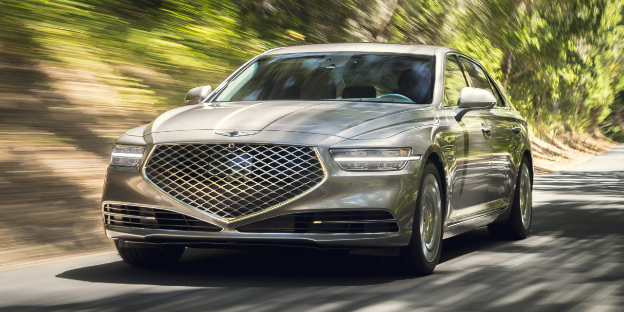 There's a new Genesis G90 on the street.