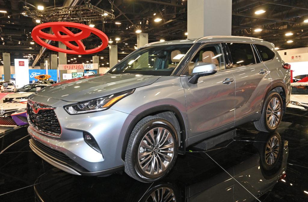 Toyota Highlander Front