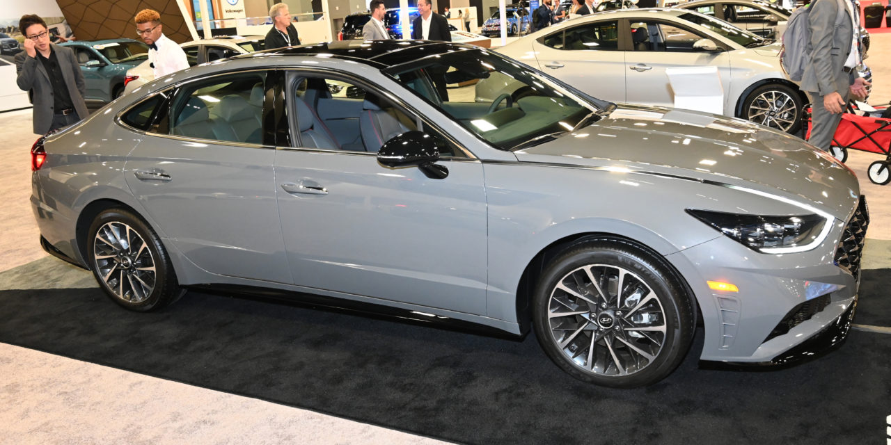 THE HEAT ON THE BEACH: NEW REVEALS AT THE MIAMI INTERNATIONAL AUTO SHOW