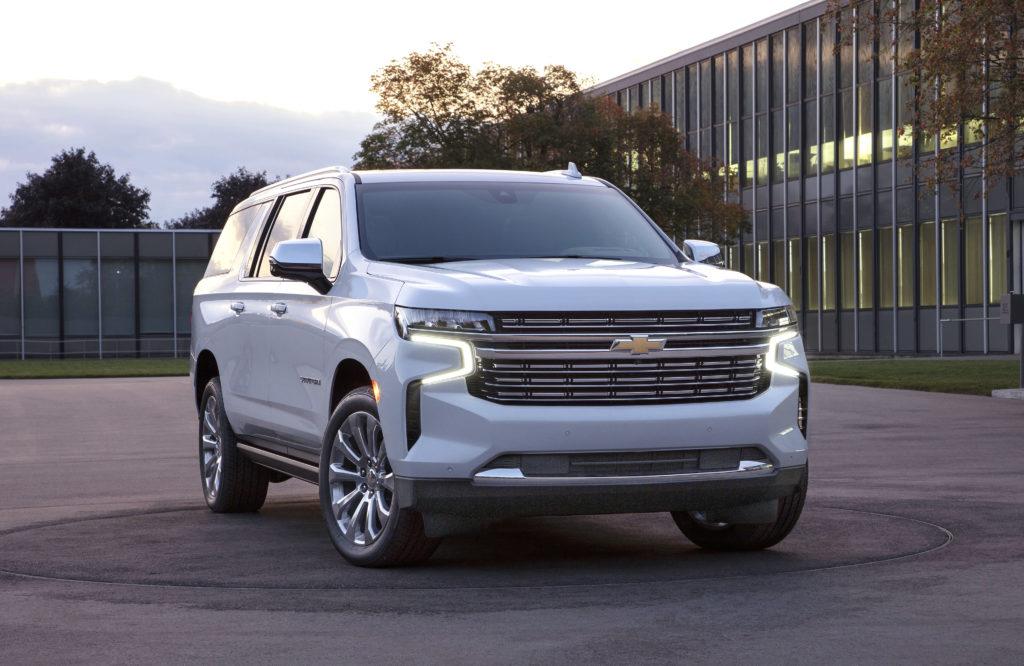 2021 Chevrolet Suburban front 3/4