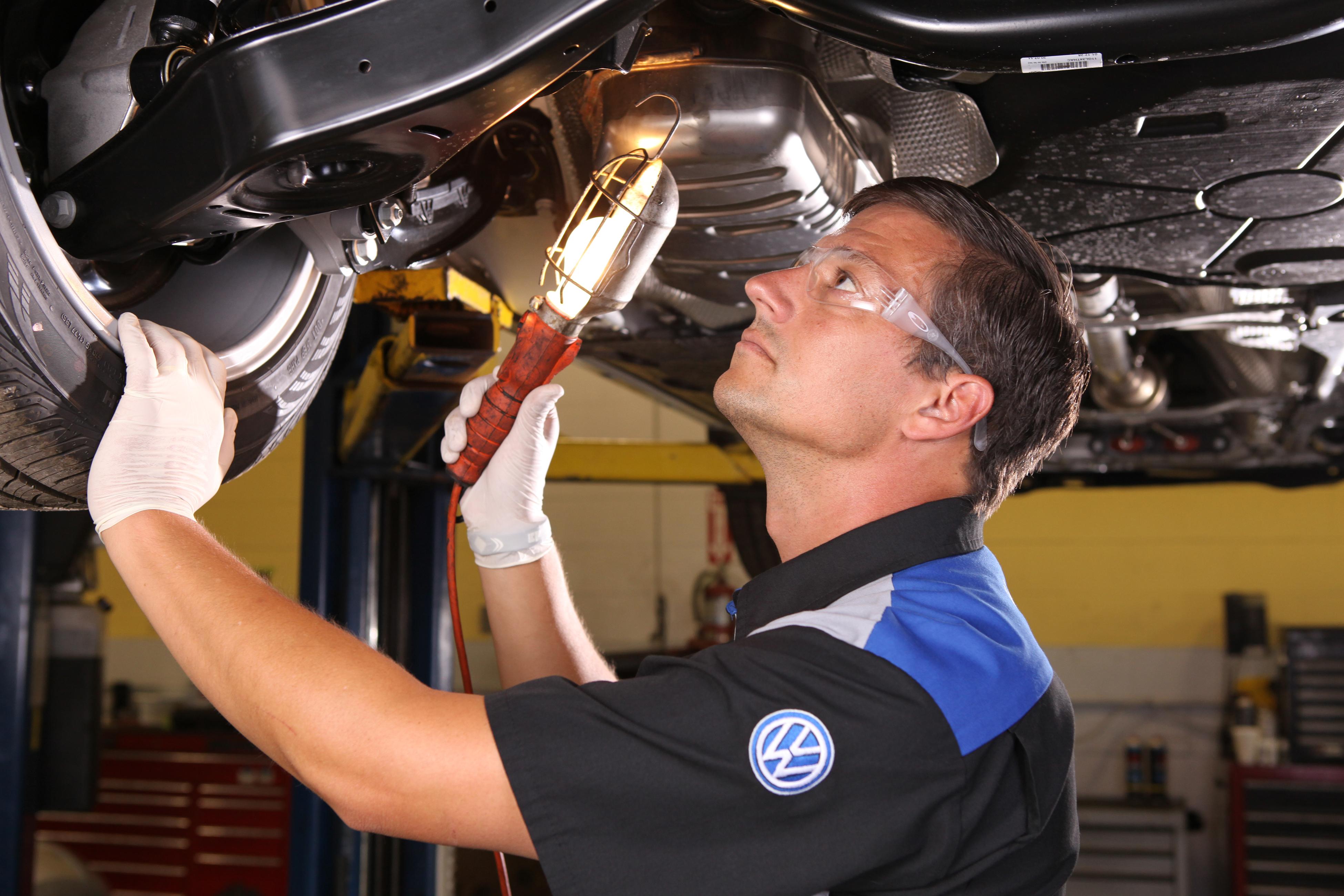 VW Service Technician