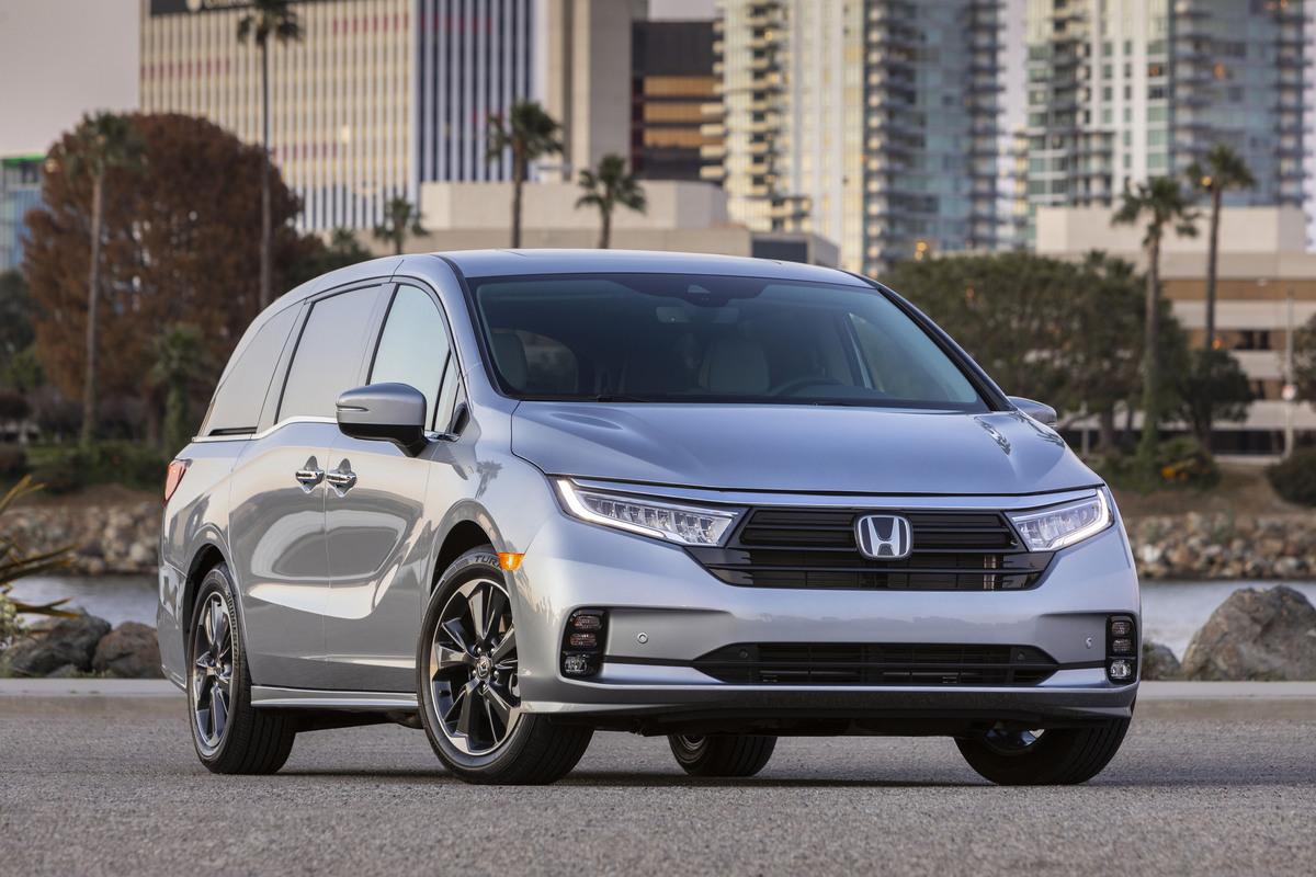 2021 Honda Odyssey Keeps Minivans Relevant