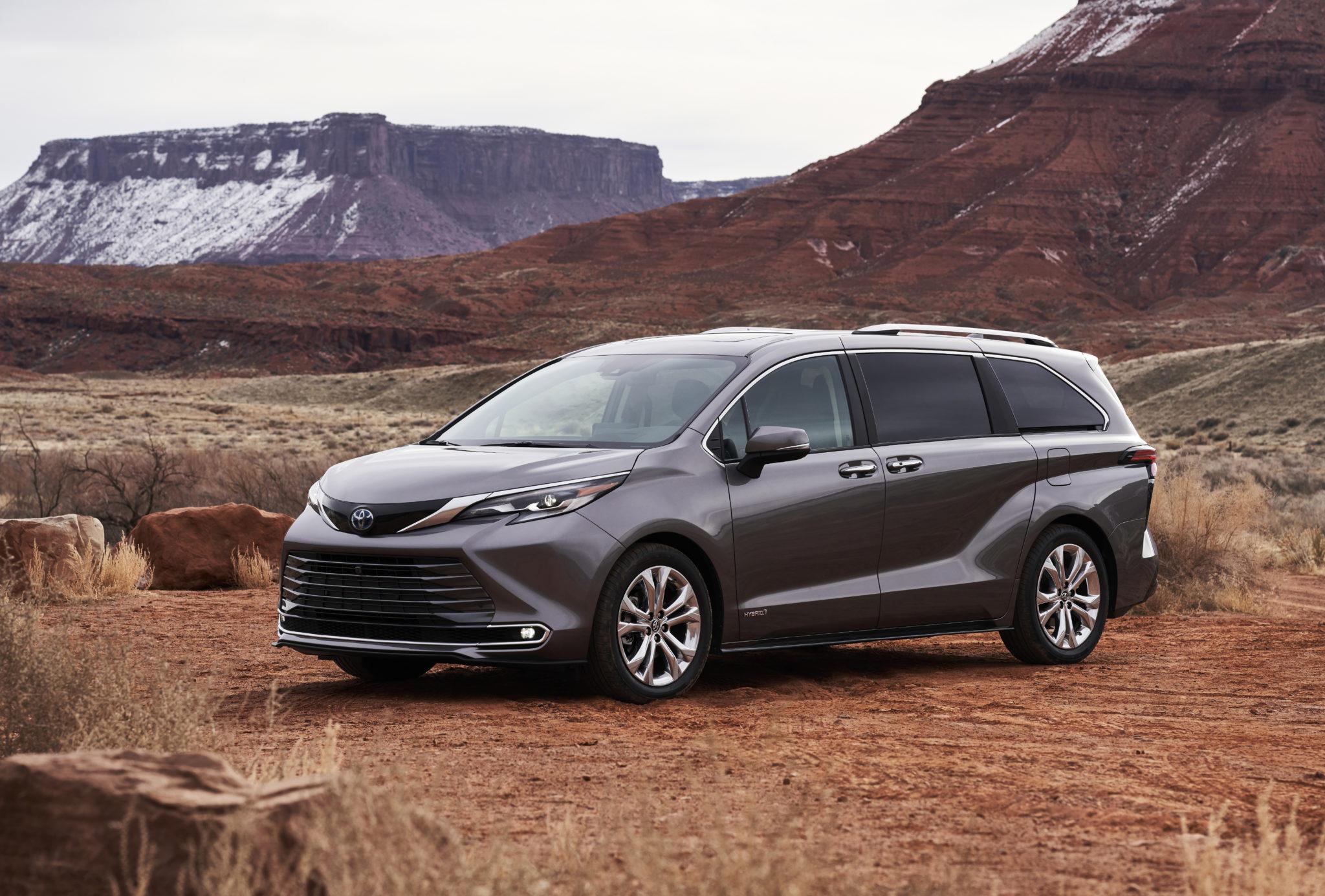 2021 Toyota Sienna Modernizes The Minivan