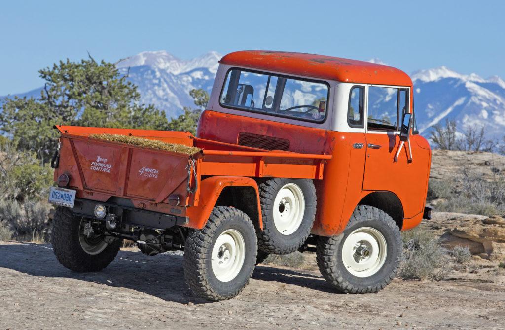 jeep FC rear