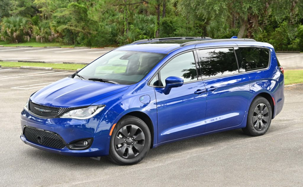 Chrysler Pacifica Hybrid hero