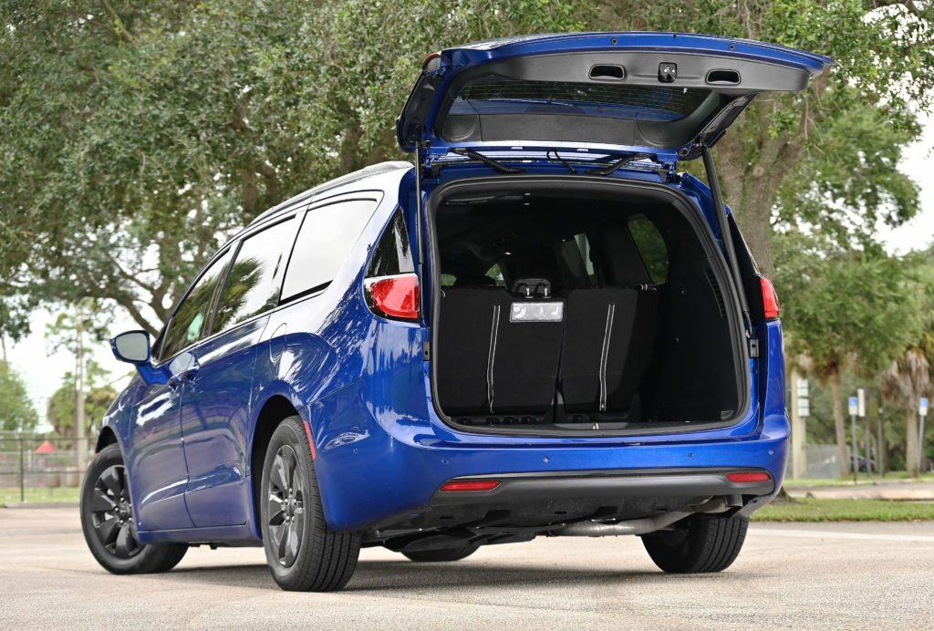 rear hatch open pacifica hybrid