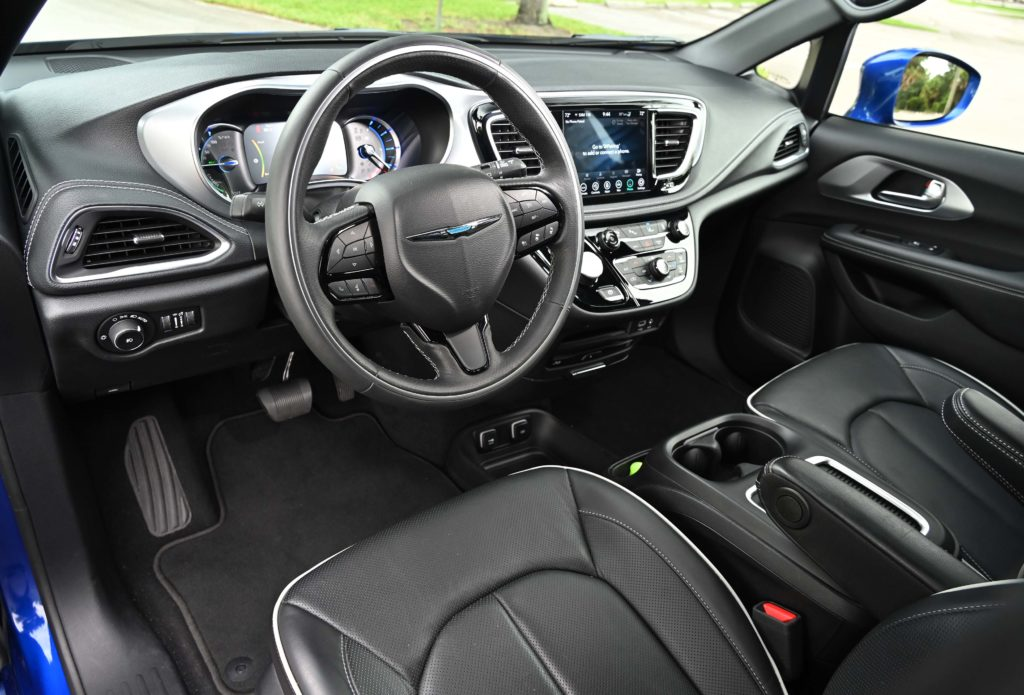 The Chrysler Pacifica Plug-in Hybrid dashboard