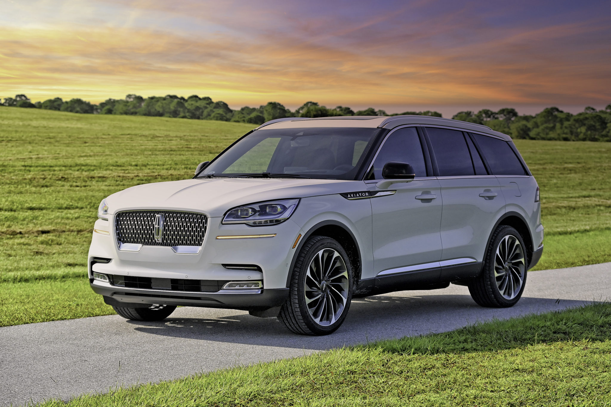 LINCOLN AVIATOR RESERVE AWD