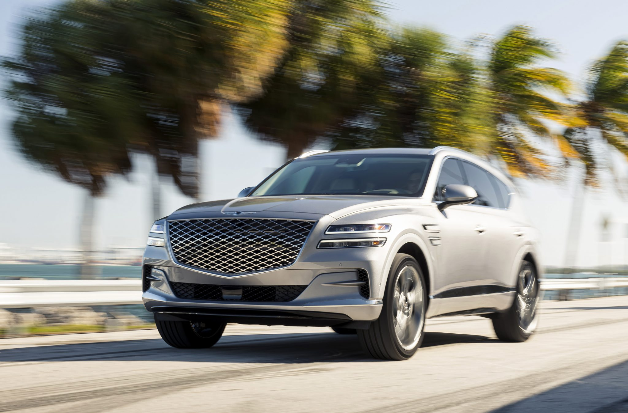 NEW GENESIS GV80 SHOWS THE WAY FOR LUXURY SUVS