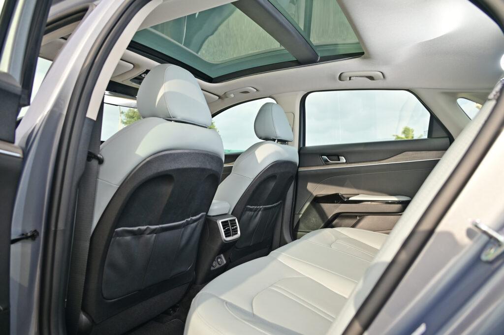 rear seats k5